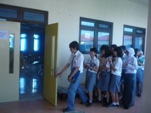 Siap memasuki ruang Ujian Nasional